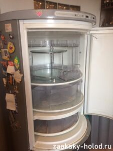 Мастер по ремонту холодильников на дому отремонтировал дизайнерский холодильник Seppelfricke